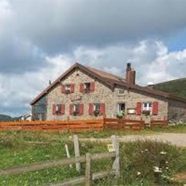Camping-Beau-Rivage-Alentour-Visiter-Les-fermes-Auberges