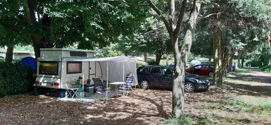 Camping Beau Rivage - Emplacement - 01